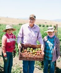 New Leaf Community Markets partner, Pinnacle Organically Grown Produce